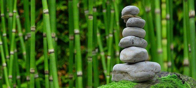 Achtsamkeit durch Meditation